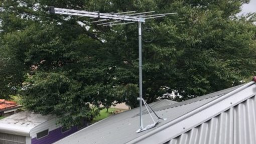 new tv antenna installation on metal roof northern beaches