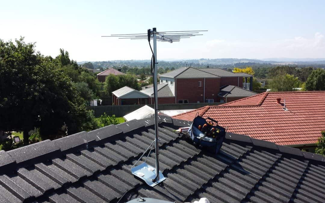 new tv antenna on top of tiled roof northern beaches